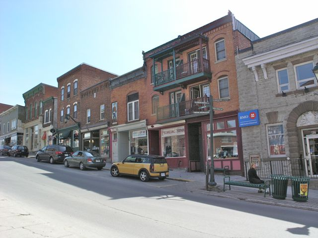 Almonte Mill St