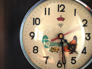 Vintage clock with pecking hen cropped